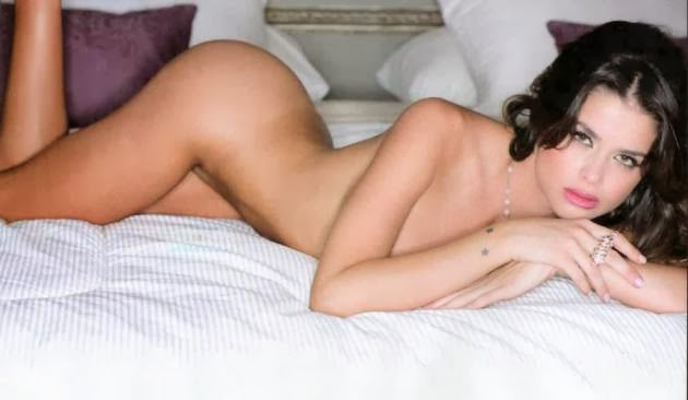 Vitto-Saravia-desnuda