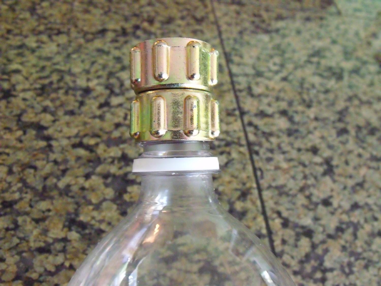 Clever crafty cookin 39 mama make your own sprinkler for Aspersor de jardin