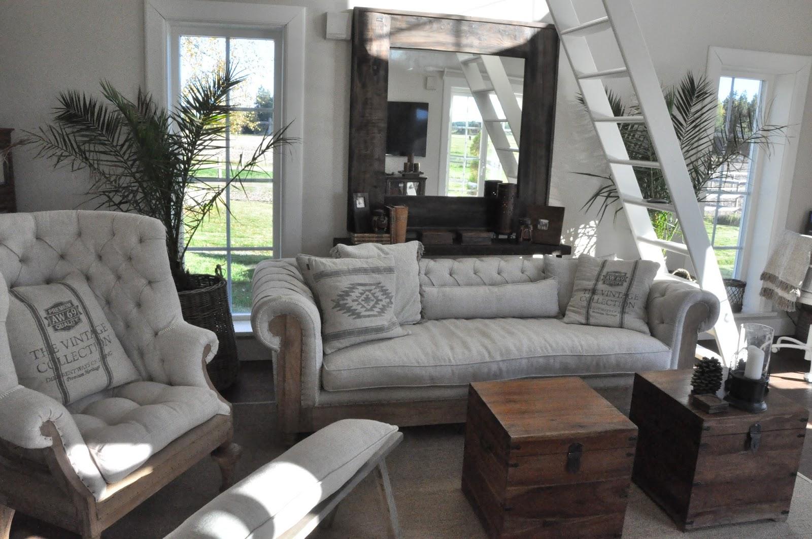Den Vita Drömgården: Kontoret med möbler från Artwood