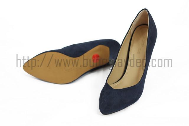 Bán buôn giày kiểu dáng thời trang