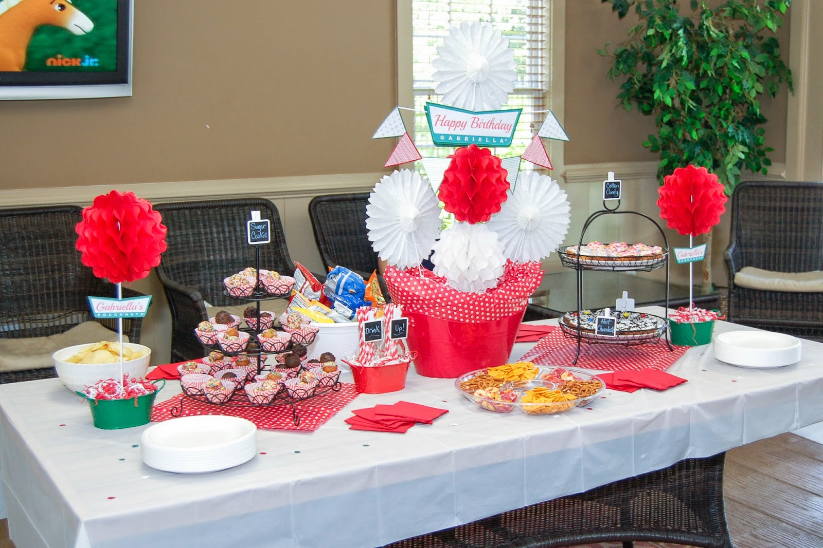 Krispy Kreme Themed Party by The Sweet Chick