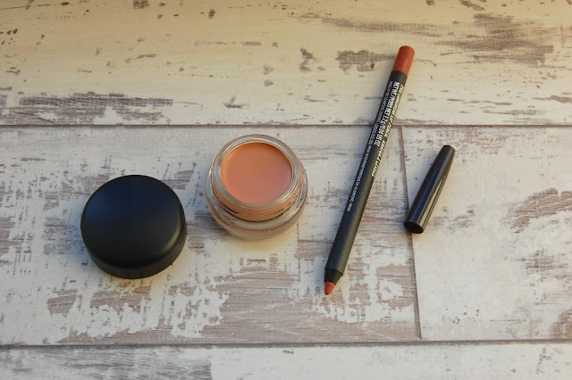 Mac paintpot and liner