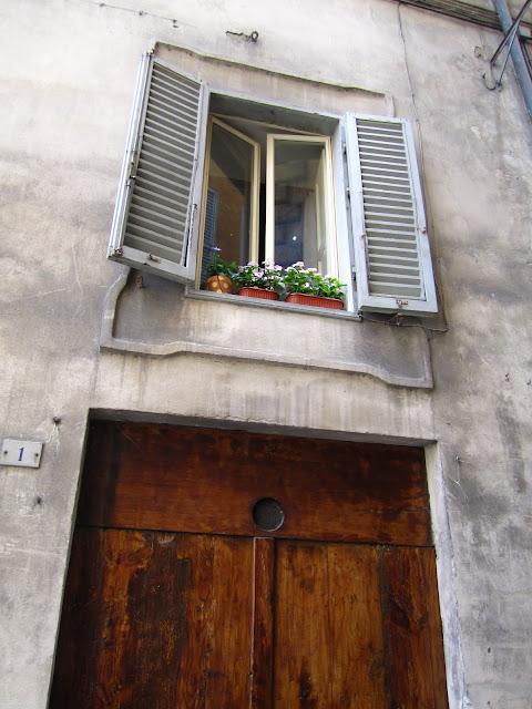 Window scene in Siena, Italy.