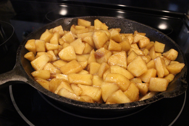 Skillet Brown Sugar & Cinnamon Apples