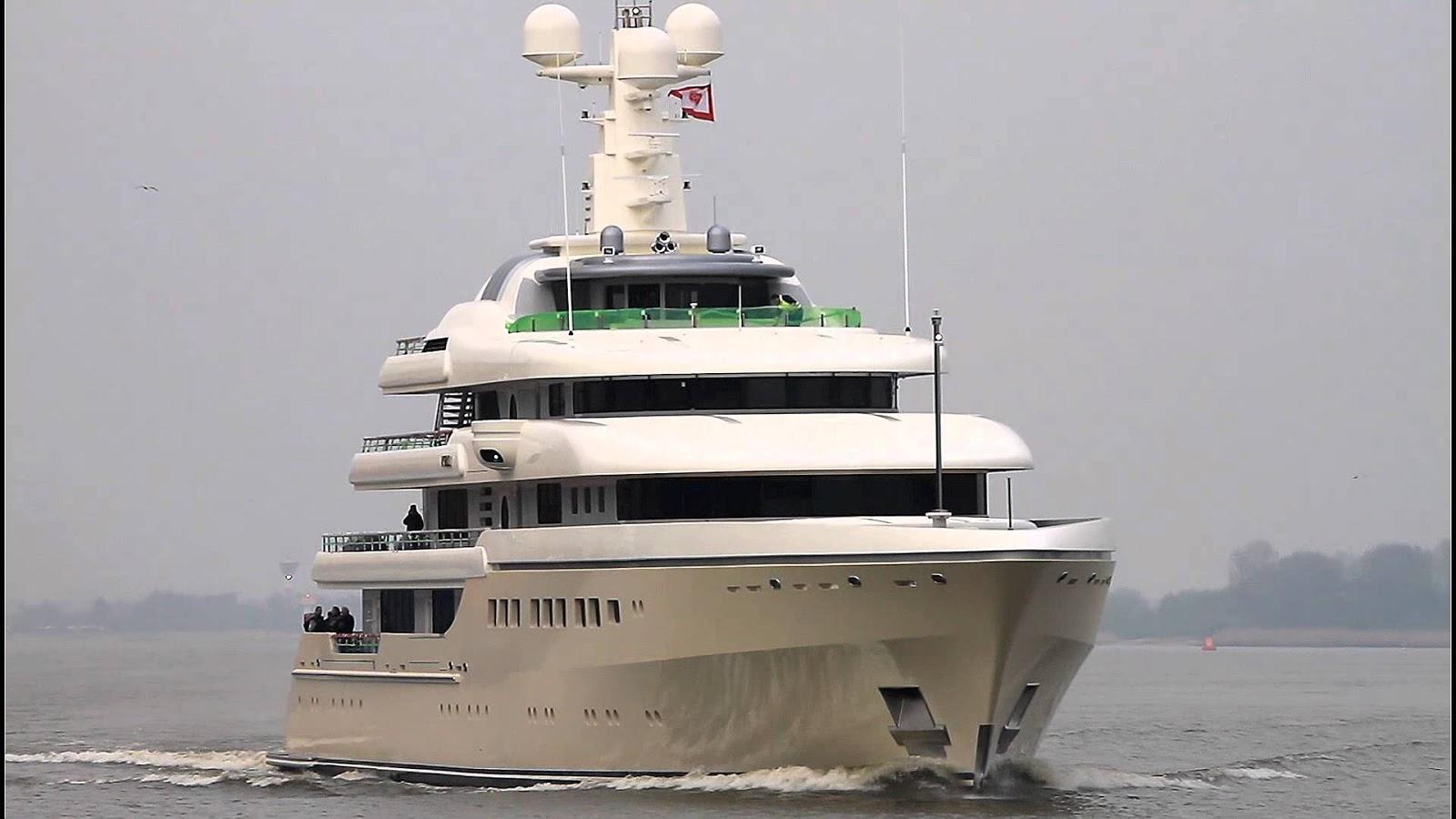 Megayacht KIBO