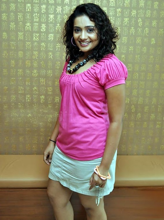 meera vasudevan in mini spicy
