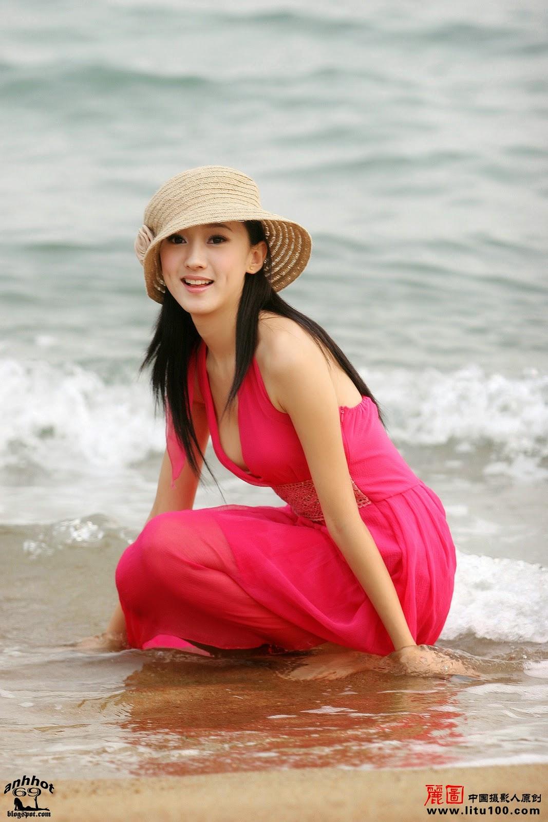 litu-200600819-zhang-tian-yi-sea_IMG_7070