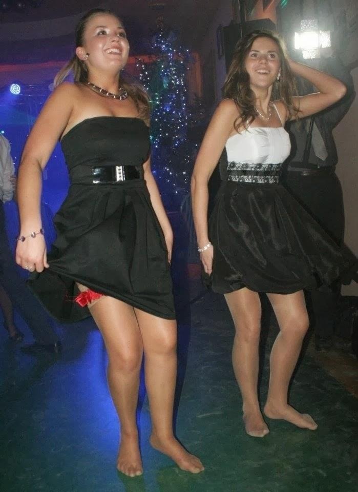 Are pantyhose still in fashion? - Quora