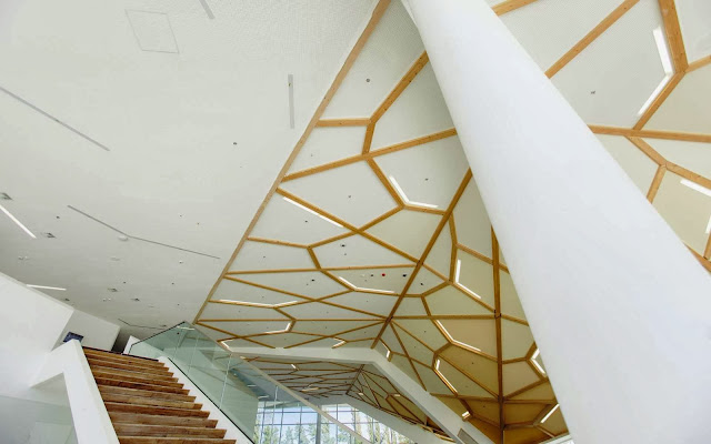 10-Kutaisi-International-Airport-by-UNStudio