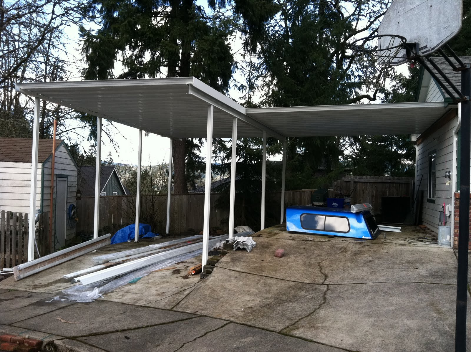 Metal carport covers build wooden attached metal for Wohnungssuche privat
