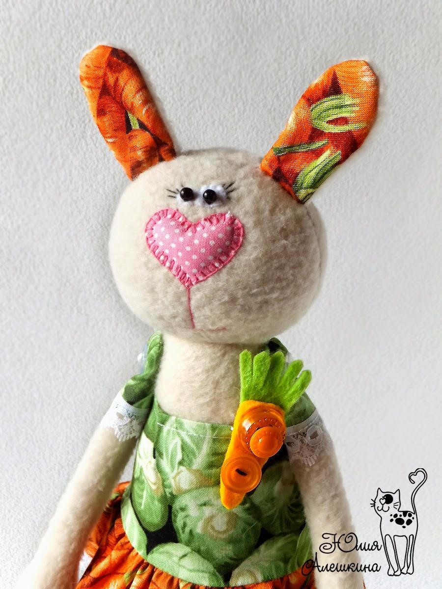 Заяц из флиса
