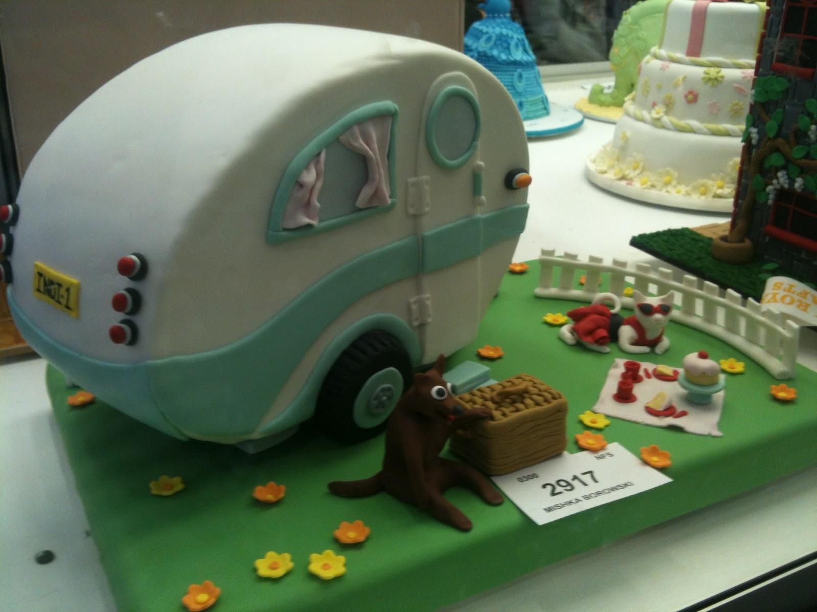 How To Make A Caravan Cake