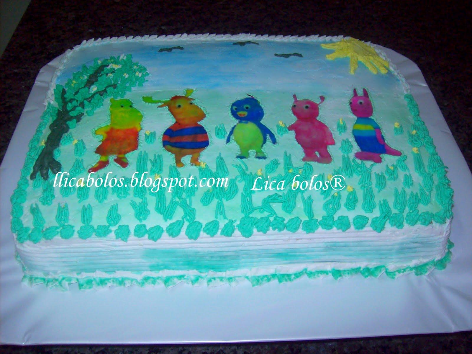 lica bolos ensinando e aprendendo papel arroz e chantilly