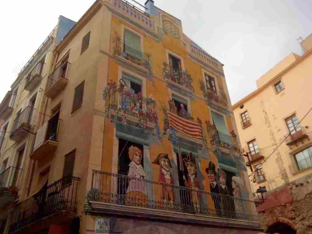 fachada pintoresca tarragona