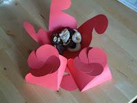 Cajita con cierre con forma de flor