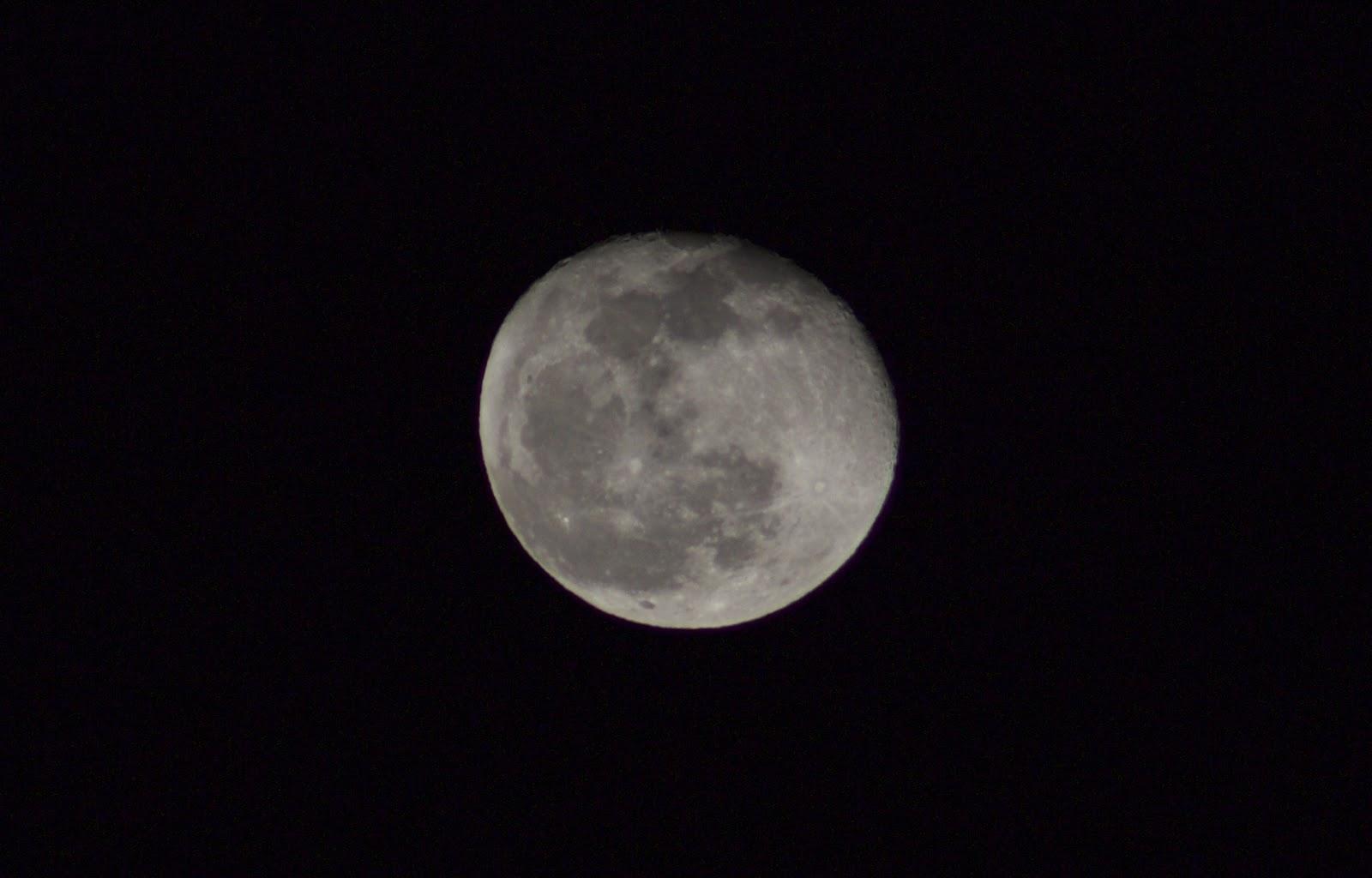 moon iso 100