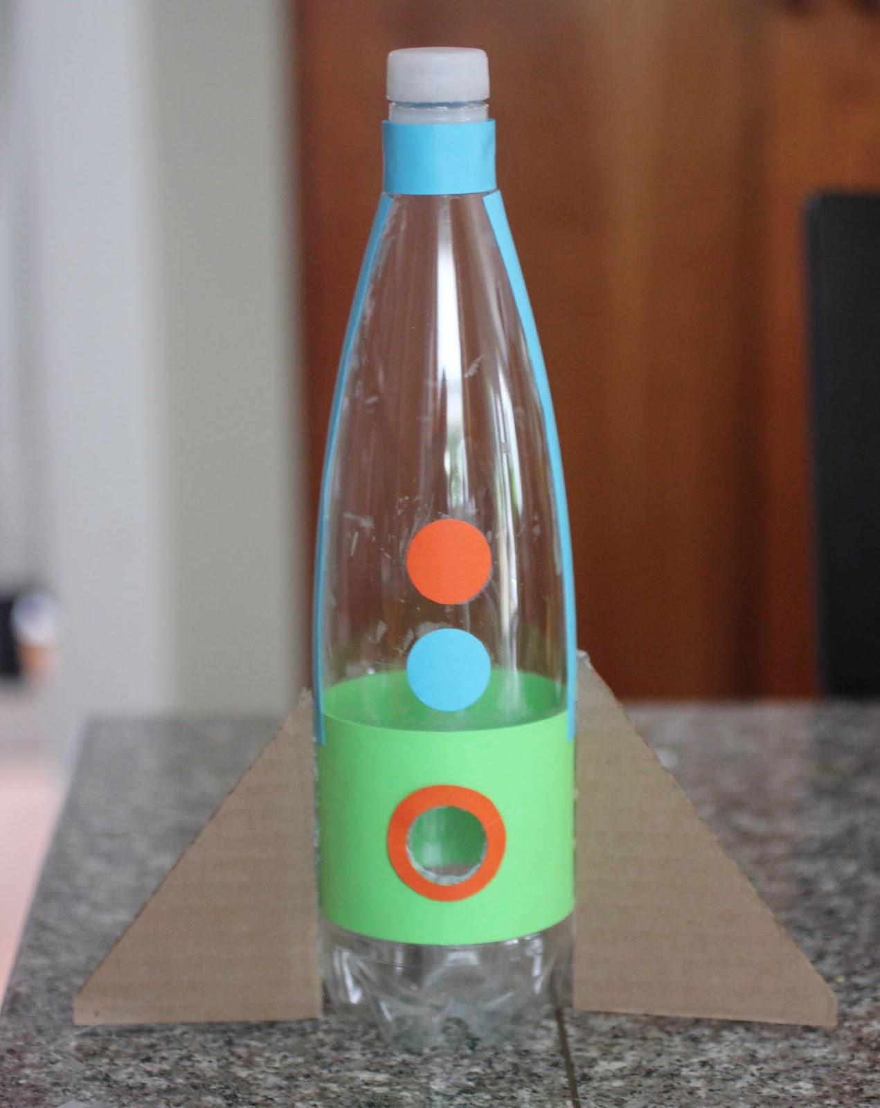 Как сделать из бутылке самолет