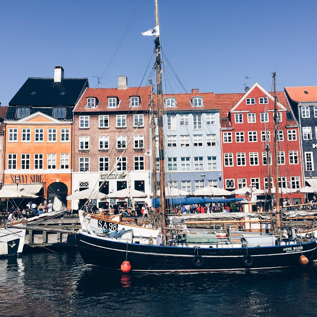 nyhavn-buildings-copenhagen