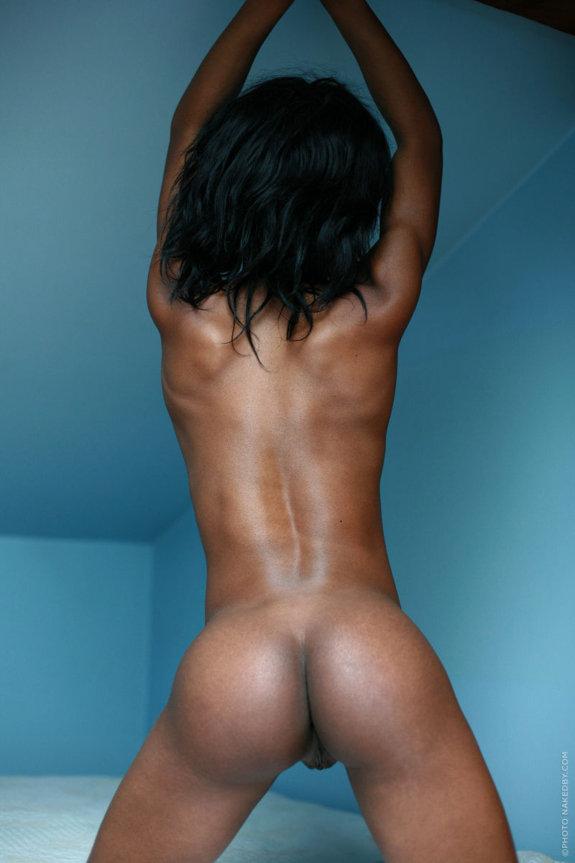 Худенькие голые попки фото