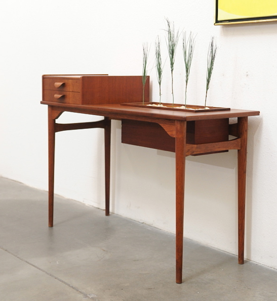 Mid Century Modern Coffee Table With Planter: Rhan Vintage. Mid Century Modern Blog.: Danish Modern Teak
