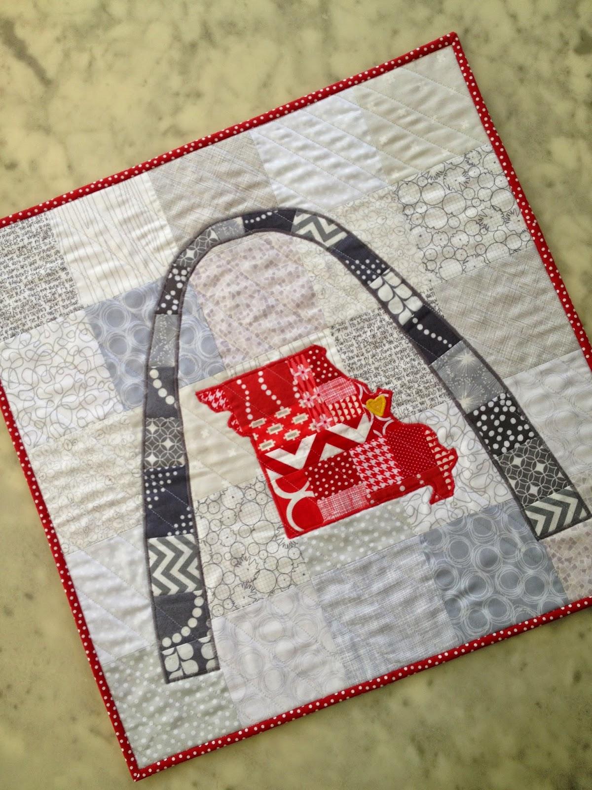 http://ablueskykindoflife.blogspot.com/2014/09/i-stl-mini-quilt.html