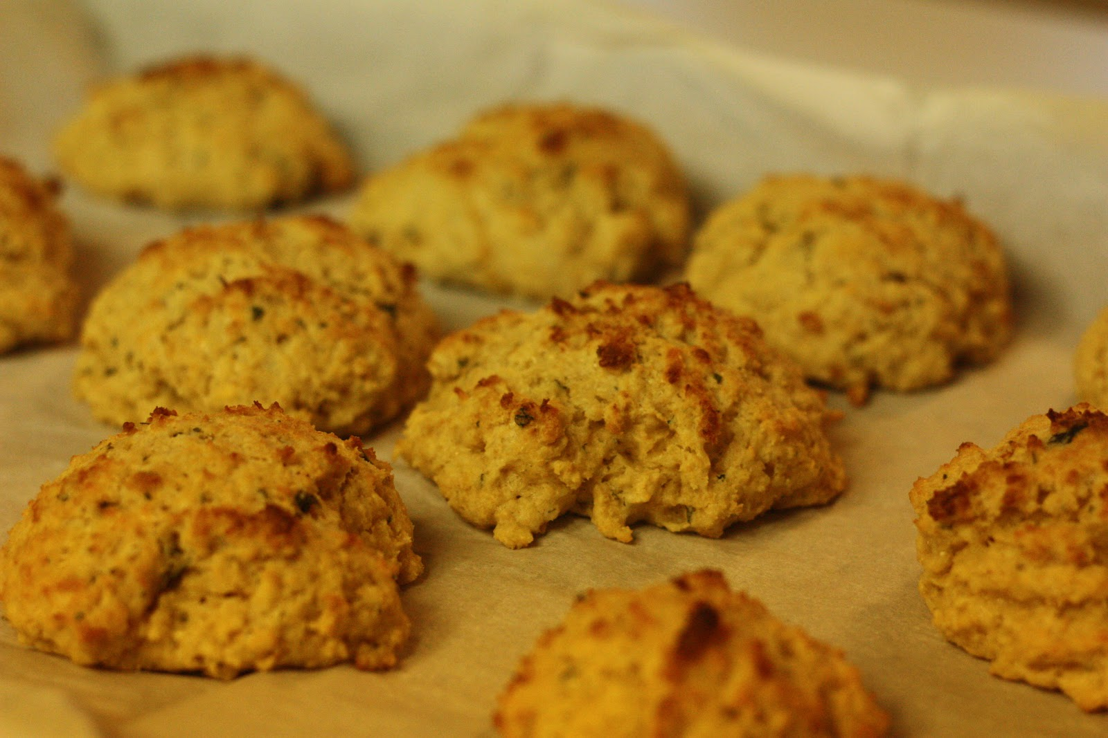 """100% Whole Wheat """"Red Lobster"""" Cheddar Bay biscuits - My Note Book ..."""