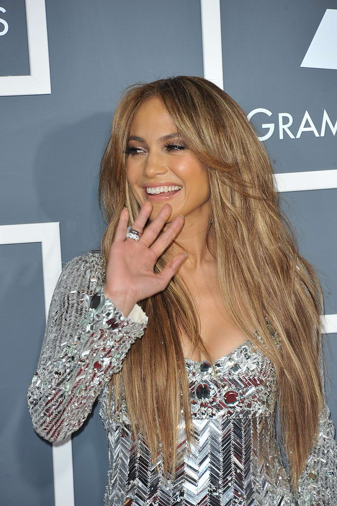 jennifer lopez 2011 grammys. Jennifer Lopez in Short Emilio