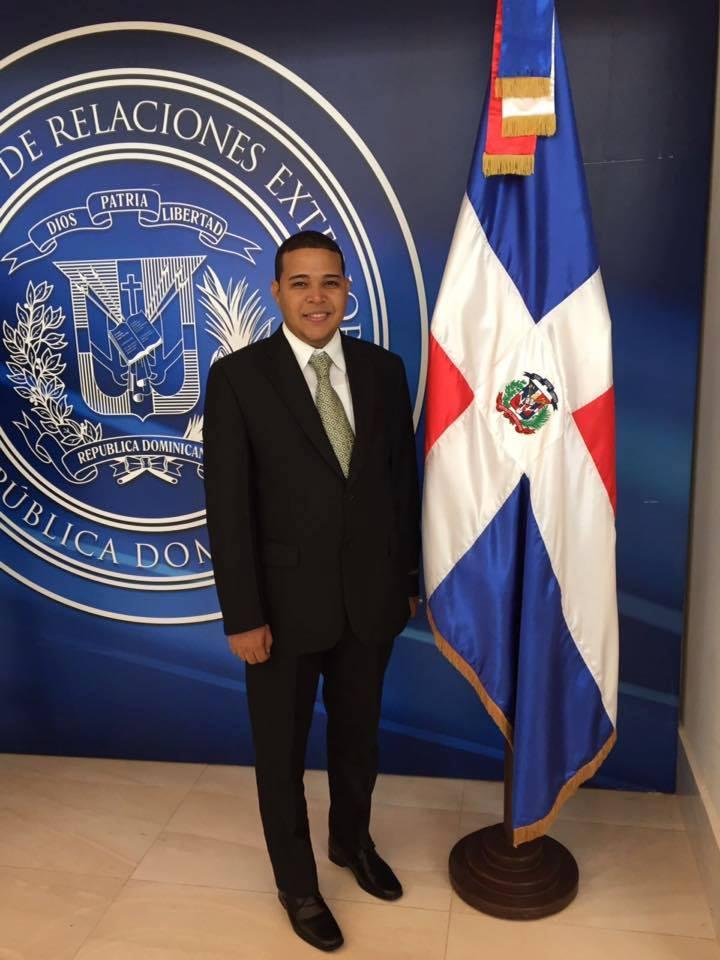 JHOANCRIS NUÑEZ PADILLA, Director Provincial de la Juventud. Promesa política de Barahona