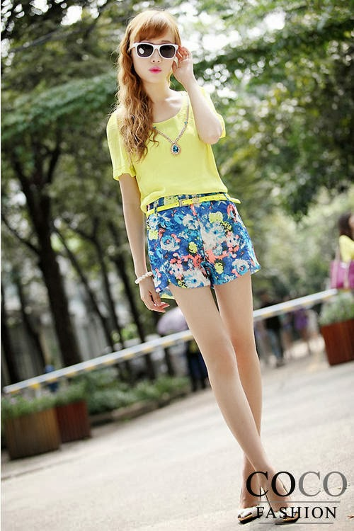 Korean Fashion Wholesale Clothing In Chic Styles Available At On The Web Stores