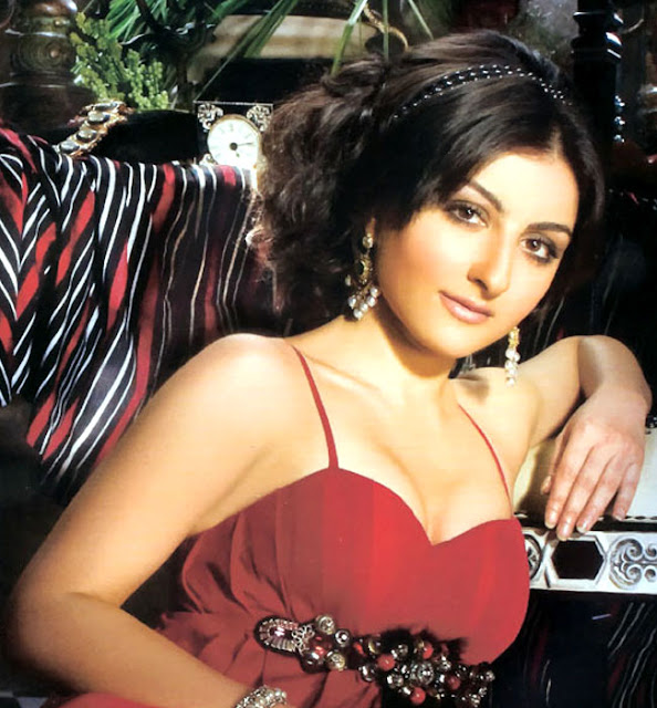 Soha Ali Khan Hot Pics Soha Ali Khan Profile Movies List