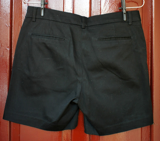 short_curto_preto_andrea_marques