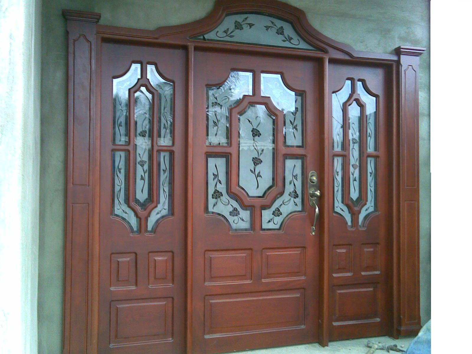 Carpinteria reinel for Puertas principales