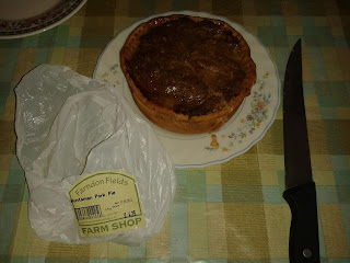 Farndon Fields Huntsman Chicken and Pork Pie