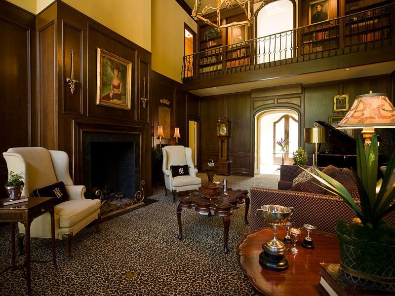Superior Old World, Gothic, And Victorian Interior Design