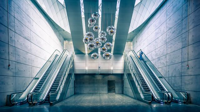 Triangeln subway station, lower escalators