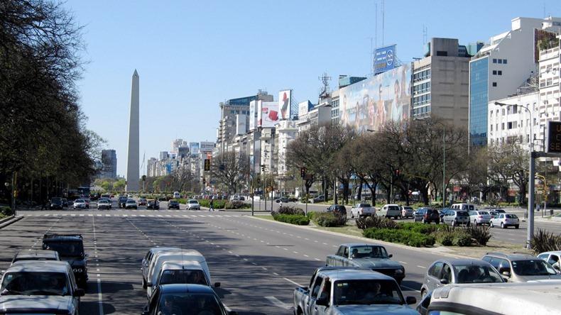 Arvinds: Worlds Widest Street - 9 de Julio Avenue