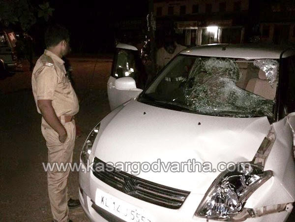 Kasaragod, Kerala, Accident, Kottikulam, Adkathbail, Mogral, Hospital, Swift Dezire, Hareesh Koodall, Sharafudheen, Car smashed by natives after hits man