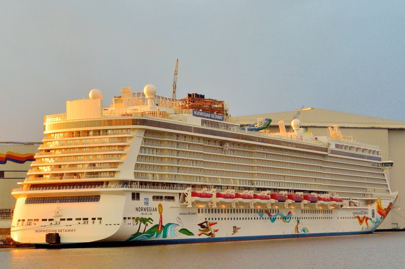Norwegian Getaway The Largest Cruise Ship  Wallpaper View