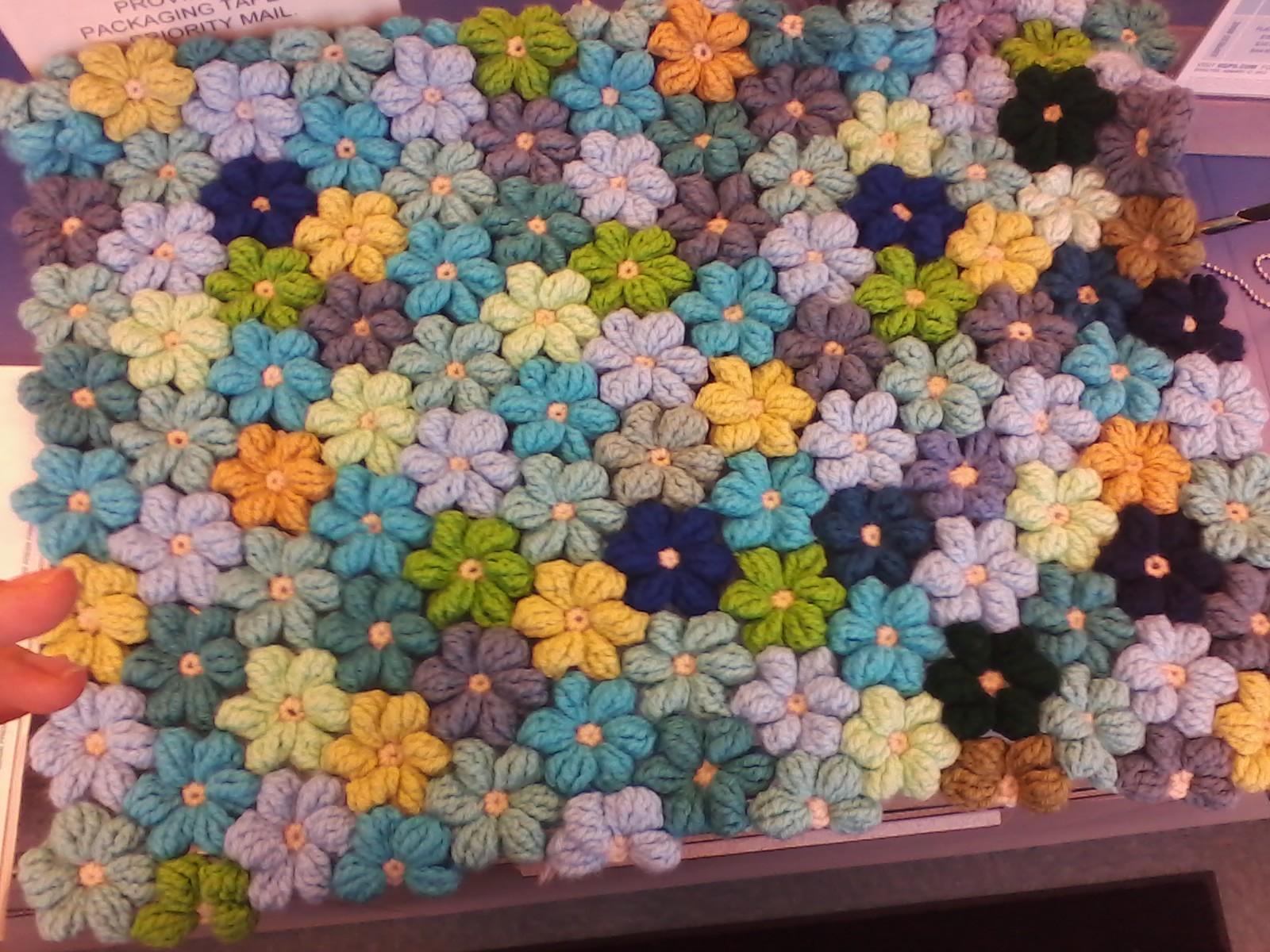 Вязание цветка пышными столбиками