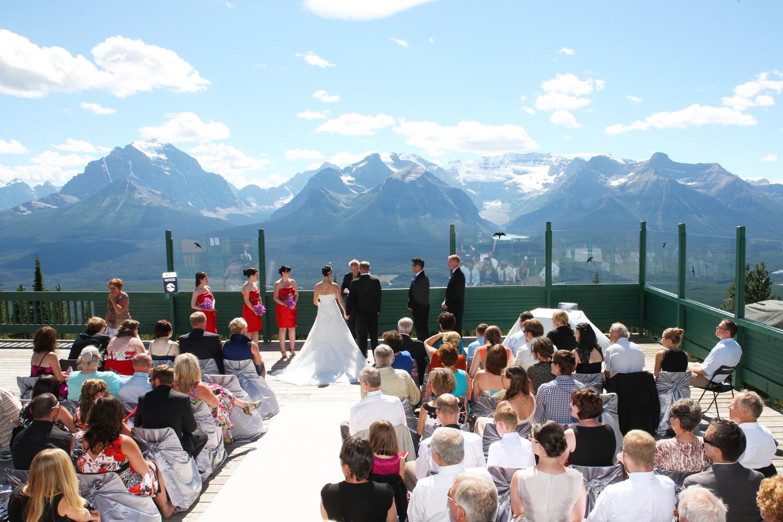 alpine peak photography: lake louise wedding photographer - erin