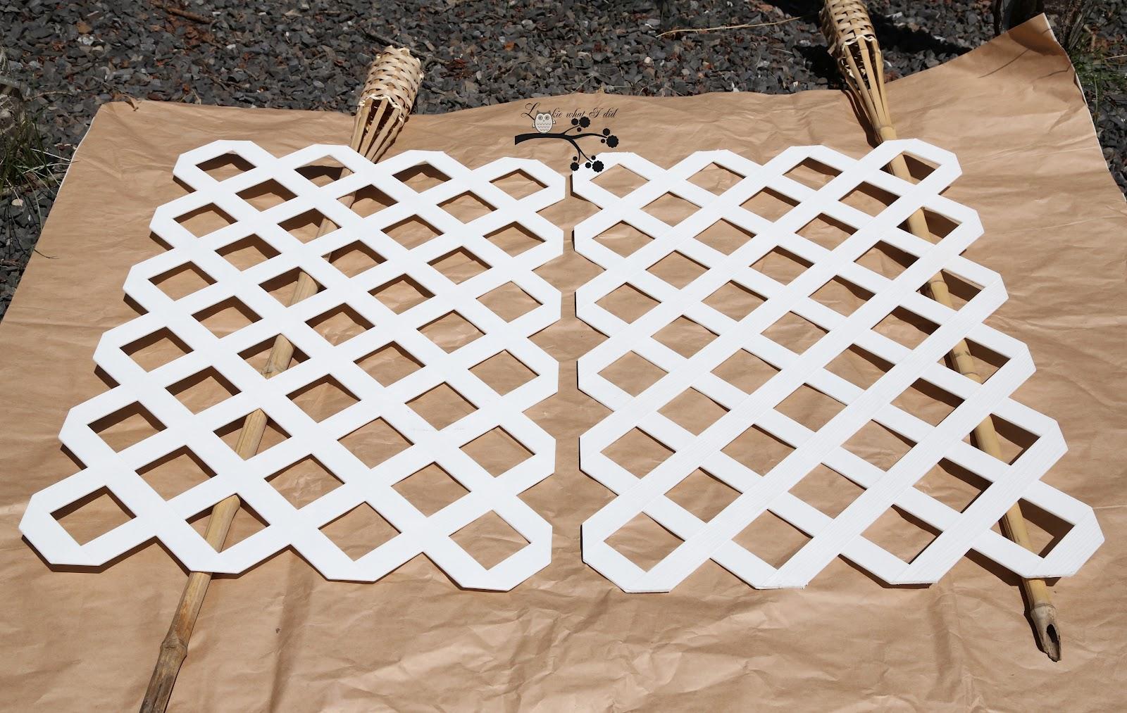 how to cut plastic lattice