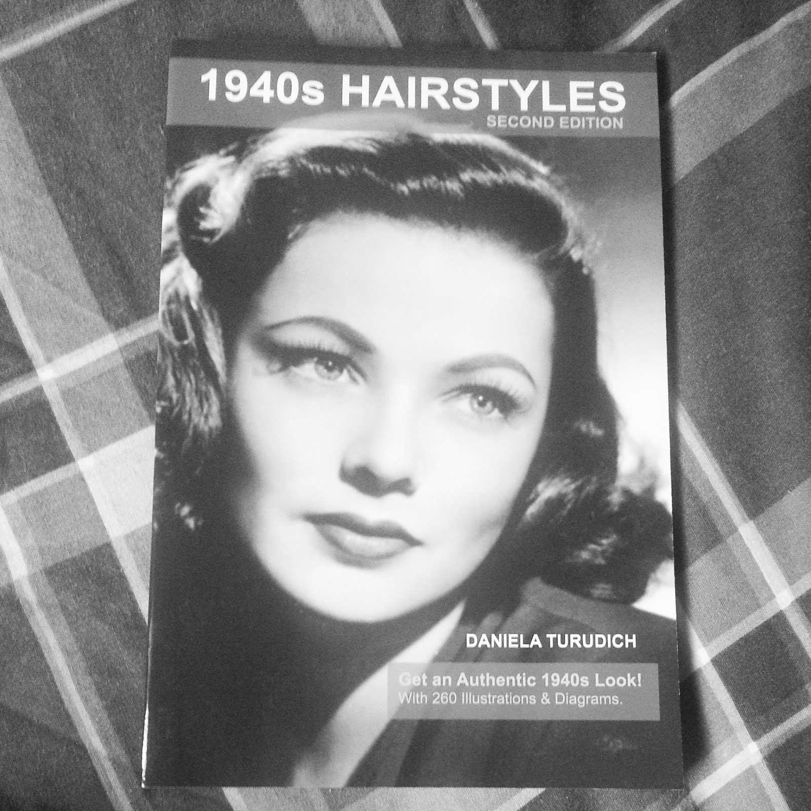 A Brighton Belle: 1940\'s Hairstyles- A Book Review