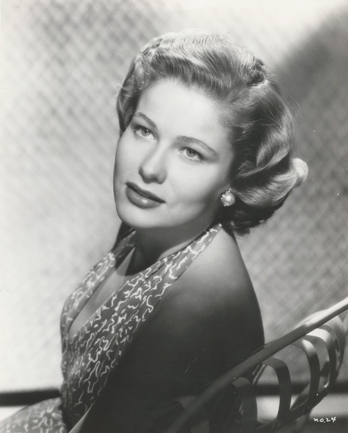 pictures Nancy Olson