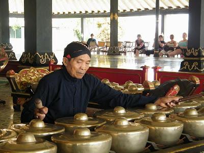 วันที่ 6 เที่ยววังสุลต่าน พระราชวังน้ำ ช็อปปิ้งเมืองย็อกยาการ์ตา