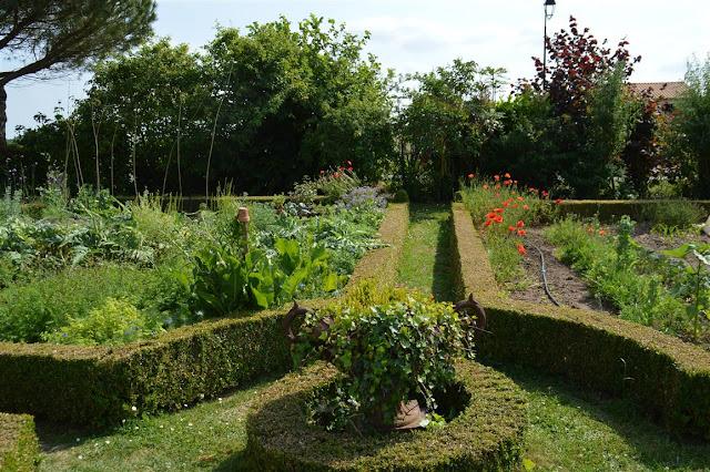cocoon garden visite de jardin le jardin de la chaill re saint sornin. Black Bedroom Furniture Sets. Home Design Ideas