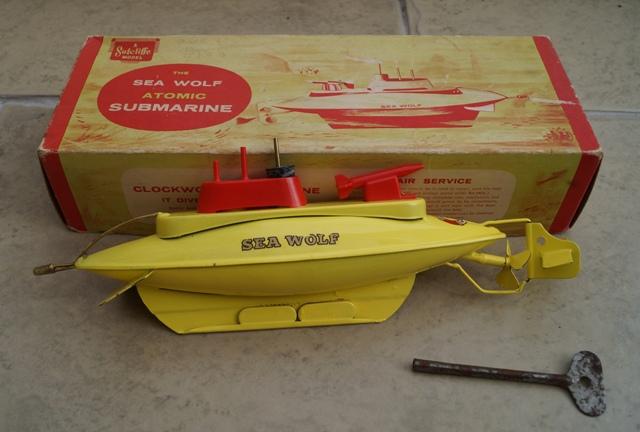 MOONBASE CENTRAL: kev\'s sutcliffe atomic sea wolf submarine
