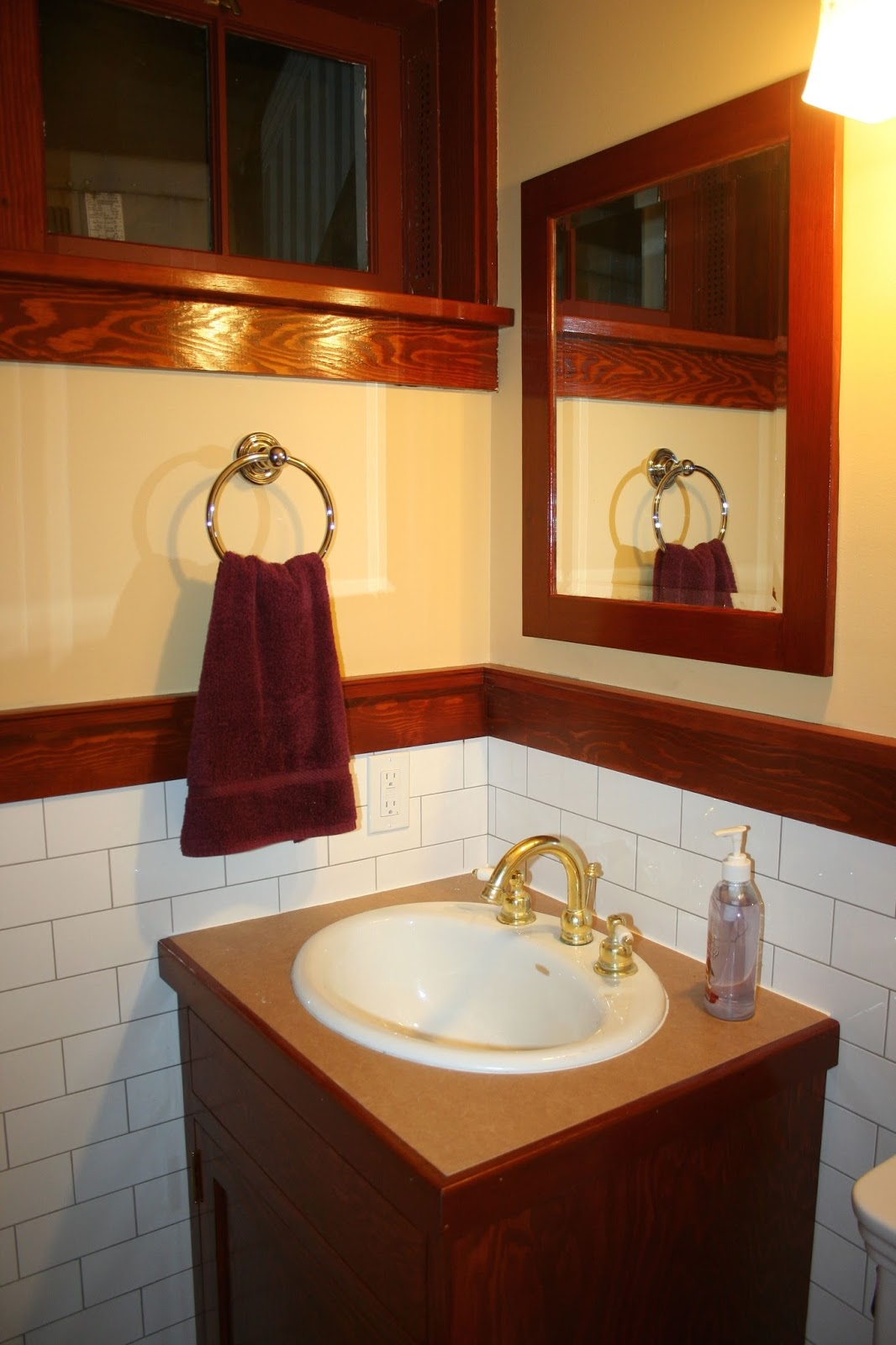 Laurelhurst craftsman bungalow basement bath mirror for Craftsman mirrors bathroom