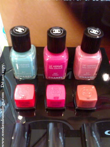 chanel makeup summer 2010 pop up de chanel swatches le vernis nail polish nouvelle vague riviera mistral