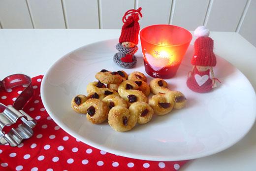 Lussekatter Schwedische WEihnachten Jul Schwedisches Weihnachtsgebäck Skandinavien Weihnachtsplätzchen Safrangebäck  Rezept Blog Holunderweg18