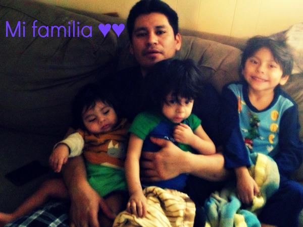 Introduciendo a #LaFamiliaDeHoy, la familia pilar del hogar!